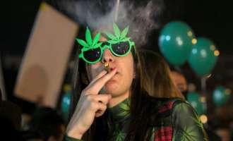 Израел делумно ја декриминализираше употребата на марихуана во јавноста