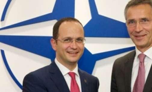 Средба Бушати-Столтенберг во Вашингтон, разговарано и за Македонија
