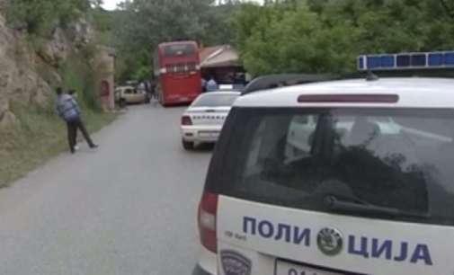 Поради сообраќајка во прекин е сообраќајот  меѓу Катланово и Велес