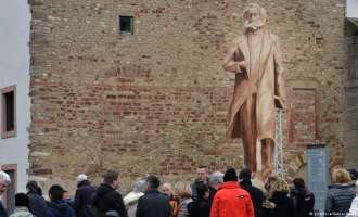 Родниот град на Маркс ќе ја прифати контроверзната кинеска статуа