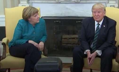 Видео: Трамп одби да се ракува со Меркел