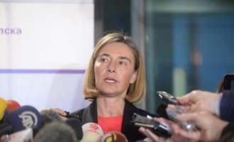 Могерини: Претседателот Иванов да ја преиначи одлуката