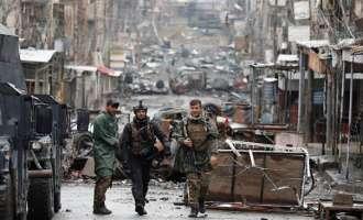 Ирачките сили напредуваат, над 45.000 жители го напуштиле западен Мосул