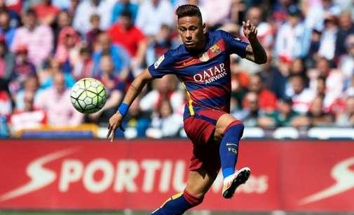 Манчестер Јунајтед ќе понуди 200 млн евра за Нејмар