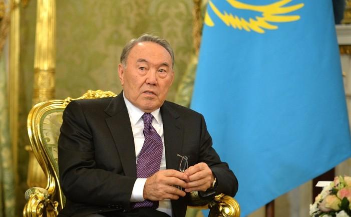 Казахстан ги намалува овластувањата на претседателот