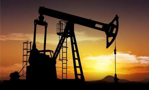 Цените на нафтата стабилни близу 52 долара