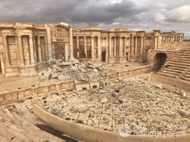 Сириската армија целосно го контролира историскиот град Палмира