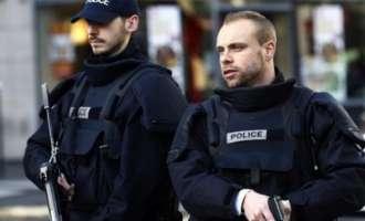Кошмарот од Лондон на пат да се повтори и во Антверпен – маскиран маж се обидел да прегази луѓе !?