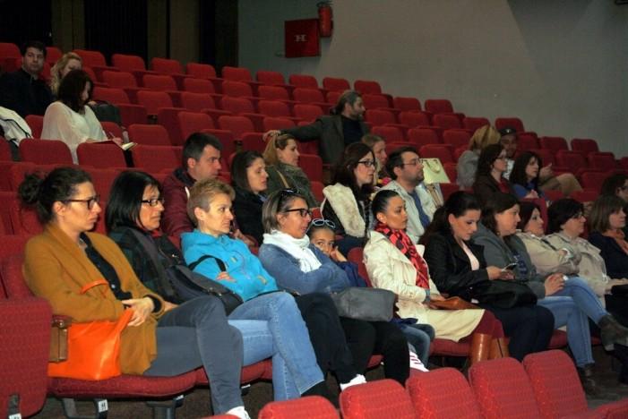 Темата Совети за правилен раст и развој на децата  тема која предизвика голем интерес кај  прилепчани