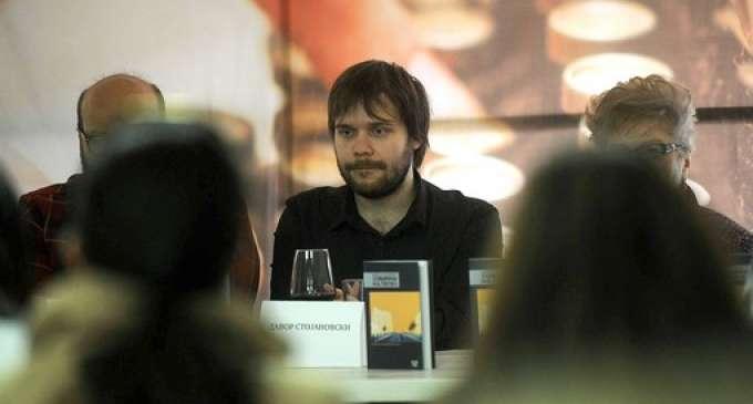"""Романот """"Собирачи на пепел"""" од Давор Стојановски избран за """"Роман на годината"""""""