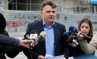 Шилегов: Потребни се итни промени на власта, бизнисот за Кочан во Ѓорче е уште една потврда на тоа