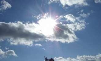 Сончево со слаб до умерен северен ветер