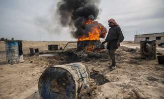 Силите на сириската арапско-курдска коалиција влегоа во аеродромот Табкa под контрола на IS
