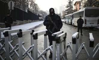 По спречувањето на турската министерка да влезе во конзулатот во Ротердам, Анкара возвраќа со иста мерка