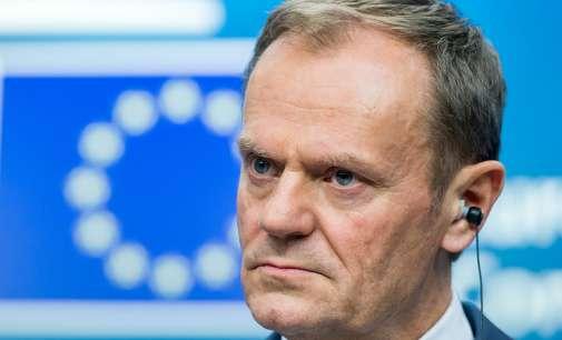 Полска: Поднесено тужбено барање против Туск во врска со падот на претседателскиот авион