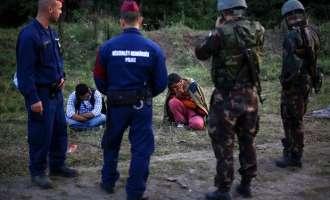 """Унгарците """"тепаат и злоставуваат"""" мигранти, ЕУ бара """"сериозен разговор"""""""