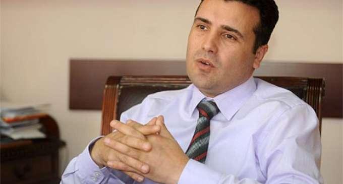Заев: Нема да дозволиме народот да се судри со народ, решението на кризата е низ институциите