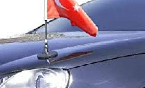 Насилник се обидел да извади знаме од турски дипломатски автомобил