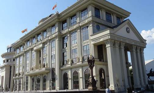 МНР: Дипломатите се упатуваат во дипломатските претставништва во согласност со законите