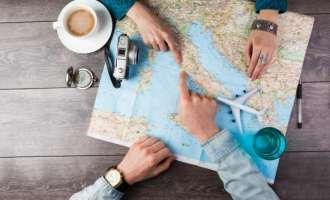 Патуваат низ светот со само 20 евра дневно