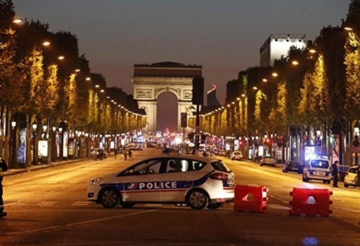 (ВИДЕО) Почина и вториот застрелан полицаец во Париз