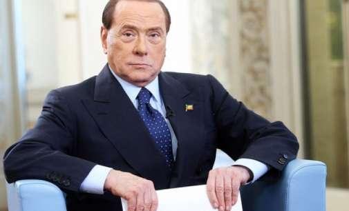 Берлускони си ja скрши главата