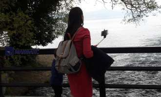 "(ГАЛЕРИЈА) Прошетка низ Св. Наум – Кафе шема зачинета со ""селфи"" фотографии"