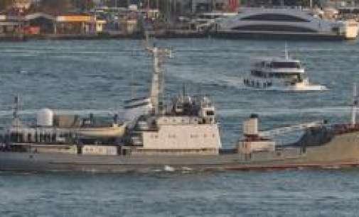 Руски брод потона во Црното море откако се судри со товарен брод
