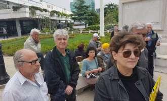 111 саботи протестираат пред Регулаторна  – не користат парно, а добиваат сметки (ВИДЕО)