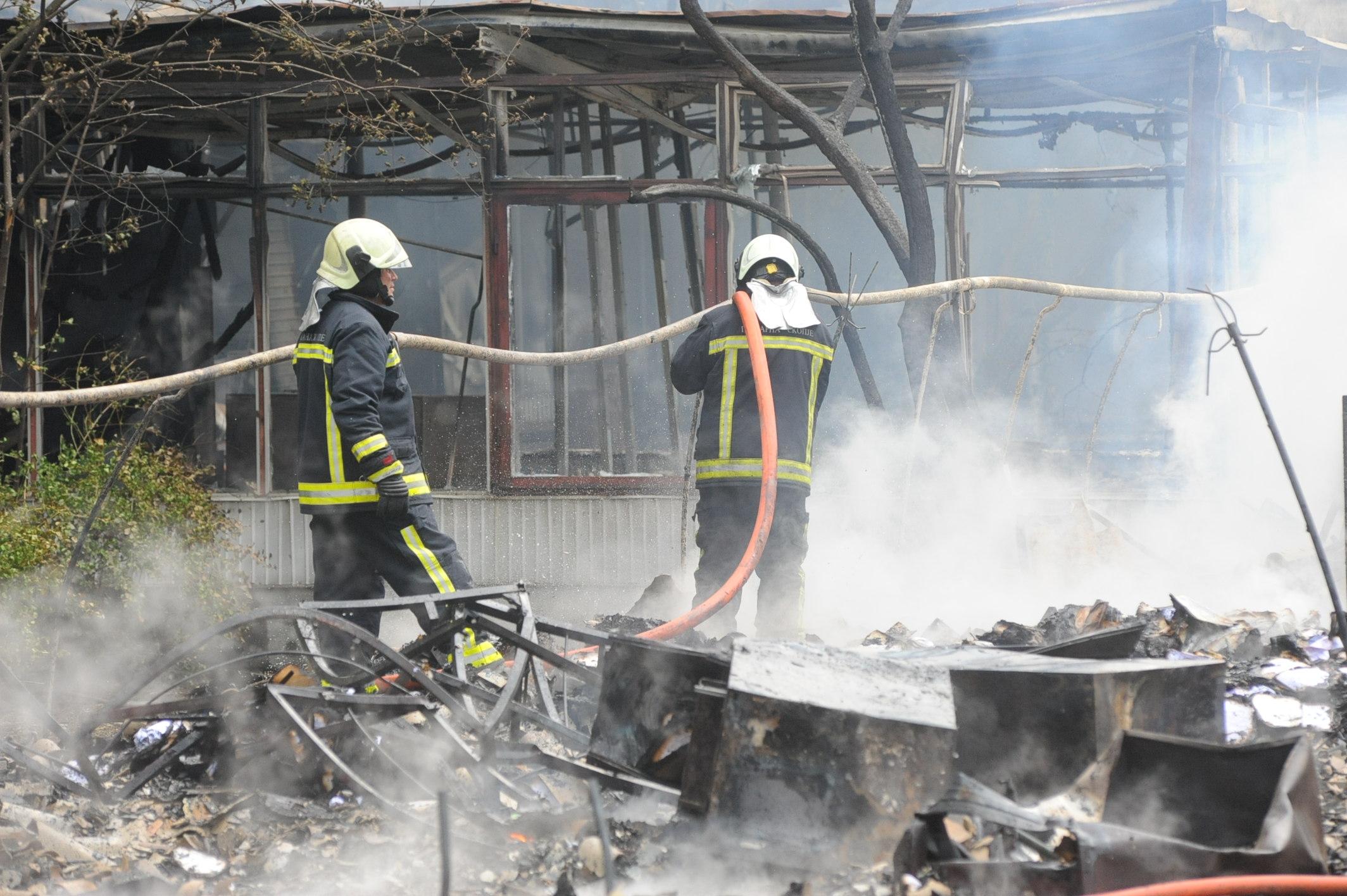 Пожарот кај  Здравко Цветковски  локализиран   нема повредени