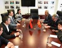 Груевски до дипломатите: Она што моментално се случува во Парламентот е законски