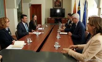 Заев по средбата со Билд: Ќе го деблокираме демократскиот процес во Парламентот