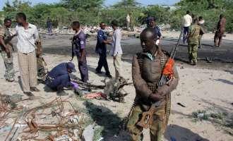 AFP: Самоубиствен напад пред воен камп во Могадишу, има загинати