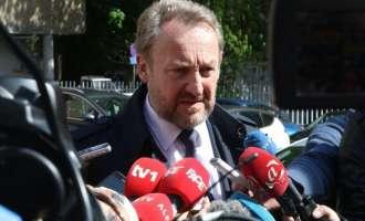 Бакир Изетбеговиќ добил девет смртни закани