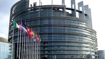 Тагесшпигел: ЕУ навистина се распаѓа!