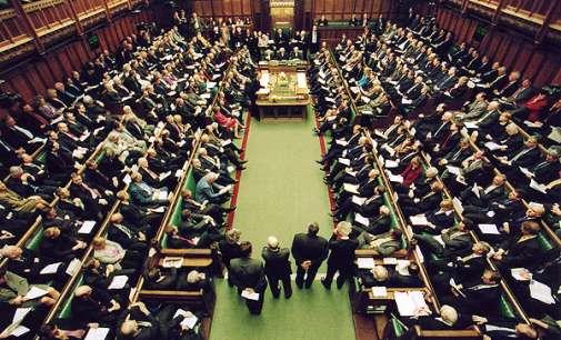 "Британскиот Парламент рече ""да"" за избори"