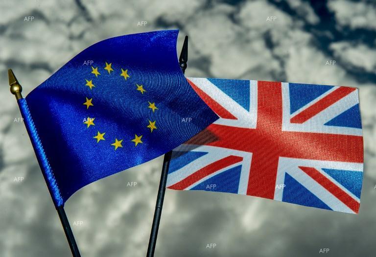 politiko-velika-britanija-gi-blokira-budjetskite-pregovori-so-eu
