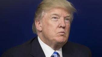 Медиуми: Трамп ја разгледува опцијата за воена операција против Сирија