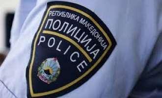 Пијан моторџија се обидел да се тепа со полицаец