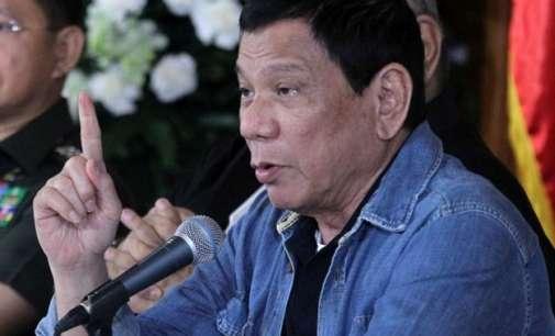 Филипинскиот претседател обвинет за масовни убиства
