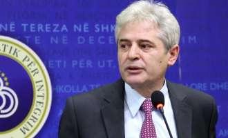 Aхмети меѓу чеканот и наковалната:  Младите министри нудат оставки, Бејта е против – Груевски сам би владеел