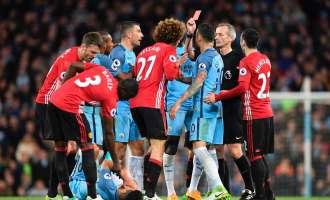 Без голови во дербито на Манчестер