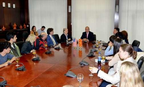 Министерот Јолевски се сретна со студенти од Станфорд Универзитетот