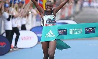 Атлетика: Нов светски рекорд во полумаратон