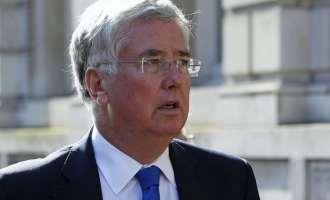 Британскиот министер за одбрана ја обвини Русија за жртвите во Сирија