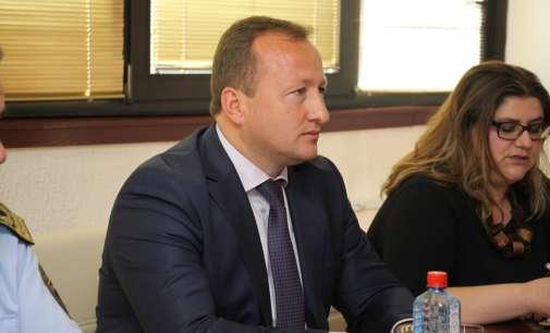 Нухиу: Вратите на МВР ќе останат отворени за медиумите