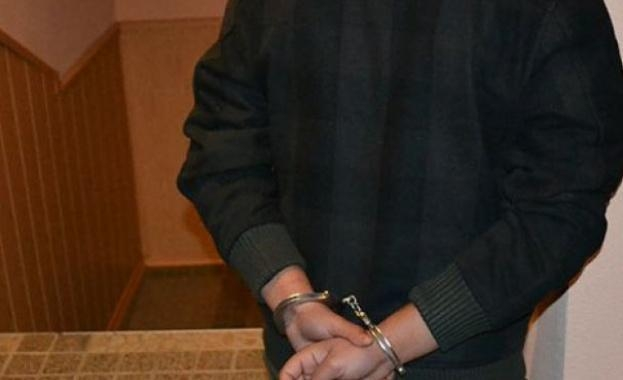 Полицаец фатил крадец на акумулатор