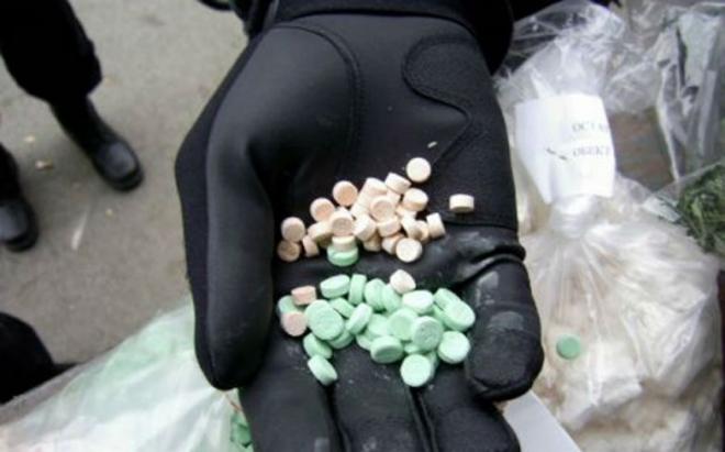 За 15 диазепами дилер на дрога оди затвор