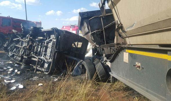 20 деца загинаа во автобуска несреќа во Јужна Африка