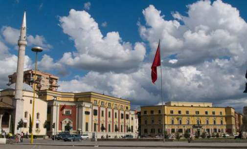 Албанија: Рокот истекува, опозицијата не е регистрирана